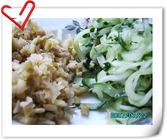 榨菜和黄瓜丝.jpg