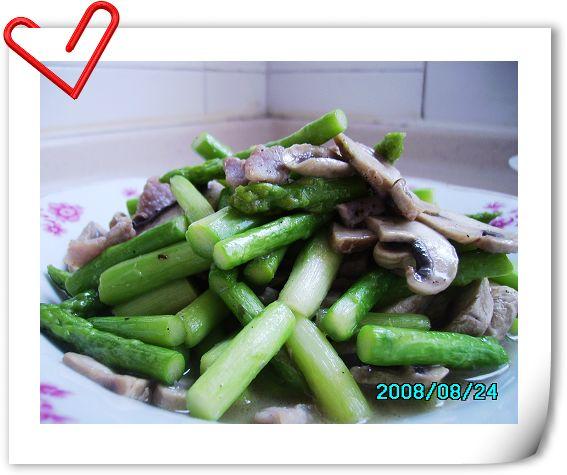 芦笋蘑菇炒肉片.jpg