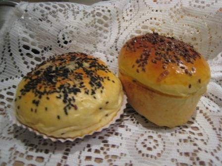 洋葱三文鱼,培根面包2.JPG