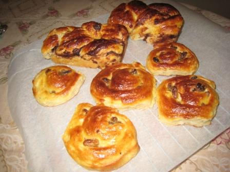 第一款丹麦类面包(葡萄丹麦卷、mini豆沙丹麦).JPG