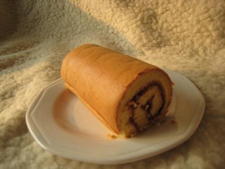 蓝莓果酱蛋糕卷1.JPG