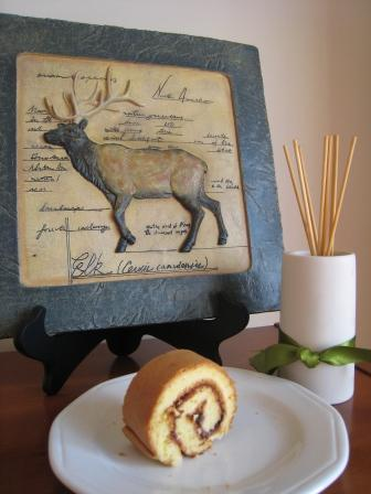 蓝莓果酱蛋糕卷2.JPG