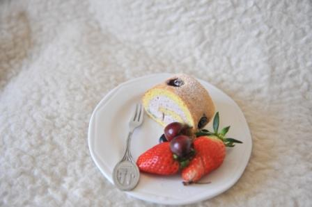 蓝莓蛋糕卷3.JPG