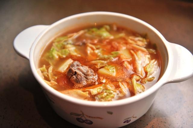 番茄土豆牛肉汤.JPG