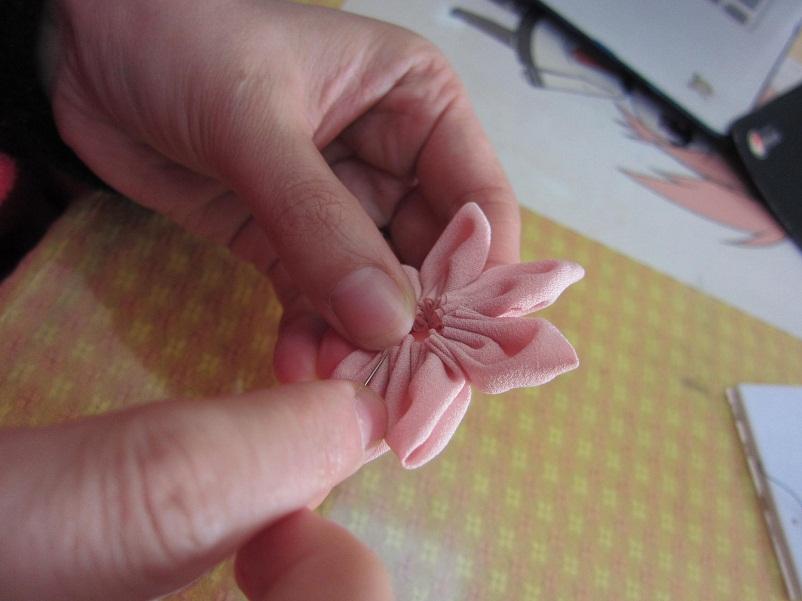 缝制花瓣.JPG