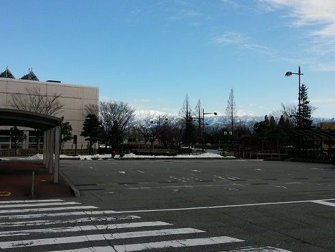 富山机场.jpg