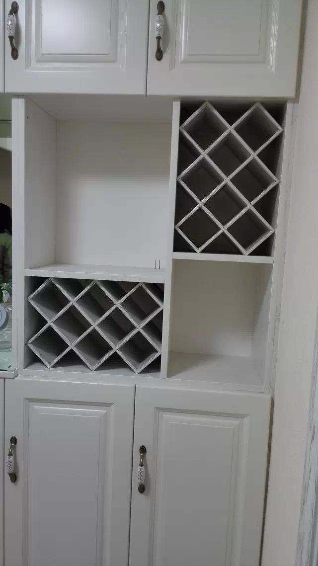 木工现场做的酒柜.jpg